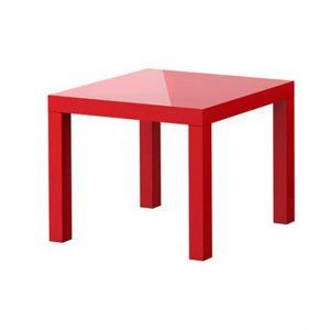 Qırmızı kvadrat masa